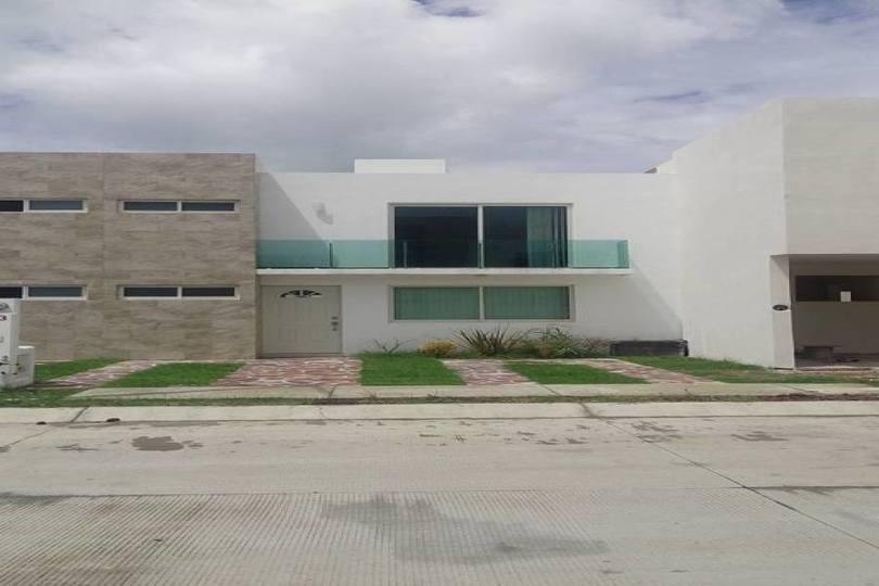 León,Guanajuato,México,3 Habitaciones Habitaciones,3 BañosBaños,Casas,RESIDENCIAL LA ESMERALDA,2732