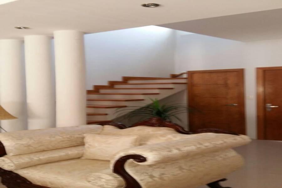 Chihuahua,Chihuahua,México,2 Habitaciones Habitaciones,2 BañosBaños,Casas,2,2891