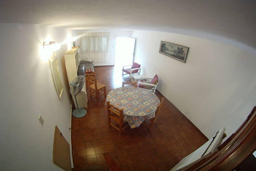 Mar de Ajo,Buenos Aires,2 Habitaciones Habitaciones,2 BañosBaños,PH Tipo Casa,La Rioja,1189
