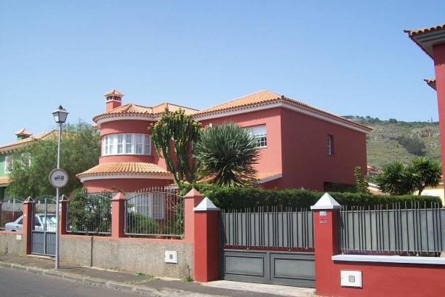 6 Habitaciones Habitaciones,4 BañosBaños,Casas,1199