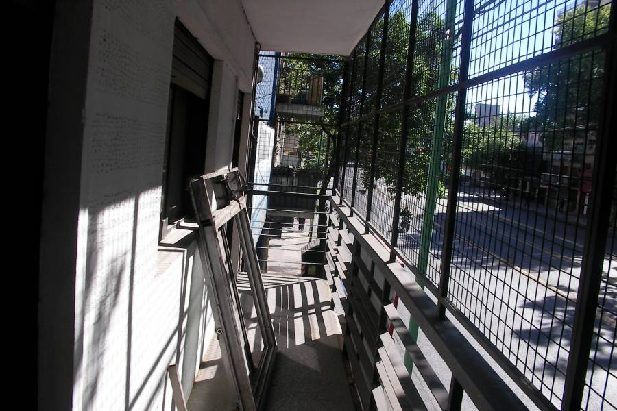 La Paternal,Capital Federal,3 Habitaciones Habitaciones,2 BañosBaños,Departamentos,Juan B Justo y Espinosa,1,1321