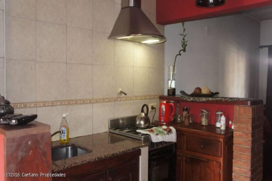 Aldo Bonzi,Buenos Aires,3 Habitaciones Habitaciones,2 BañosBaños,Casas,Blandengues ,1380