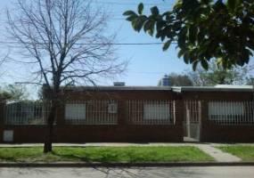 Villa Ramallo,Buenos Aires,2 Habitaciones Habitaciones,2 BañosBaños,Casas,Iribas 300,1016