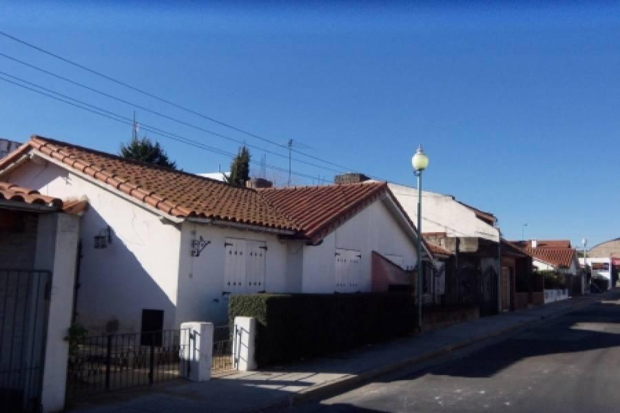 Villa Pueyrredón,Capital Federal,1026